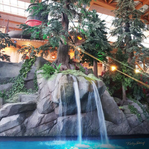 rulantica-waterpark_waterval-poolbar