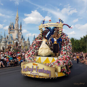 magic-kingdom-parade-beauty-and-the-beast_2