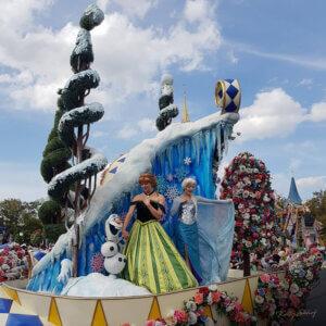 magic-kingdom-parade-frozen