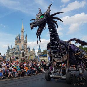 magic-kingdom-parade-mallifecent