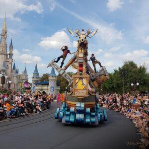magic-kingdom-parade-rapunzel